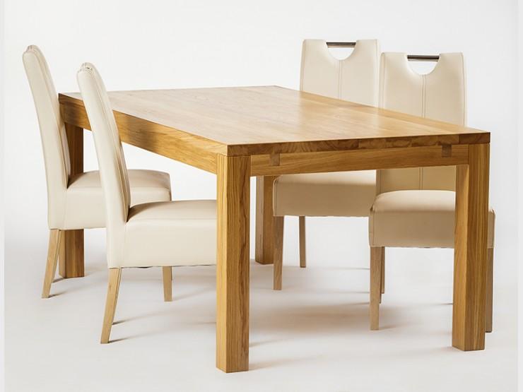 Dlaczego warto zdecydować się na meble wykonane z drewna?